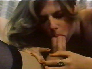 SHEMALE RETRO SEX WITH A GIRL