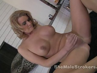 TS Astrid Shemale JOI Jerk Off Instructions From Tranny