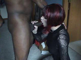 Trans Vanessa blowing a black cock