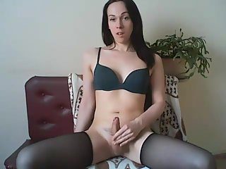 Catch Her Cum On Your Tongue