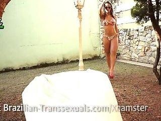 Brazilian Hottie Nicolly Nogueira