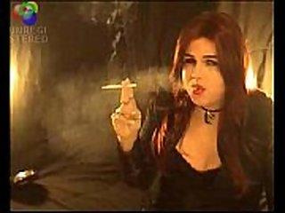 Smoking Shemale t-girl Michelle Love smoking t-girl smoking fetish - 4